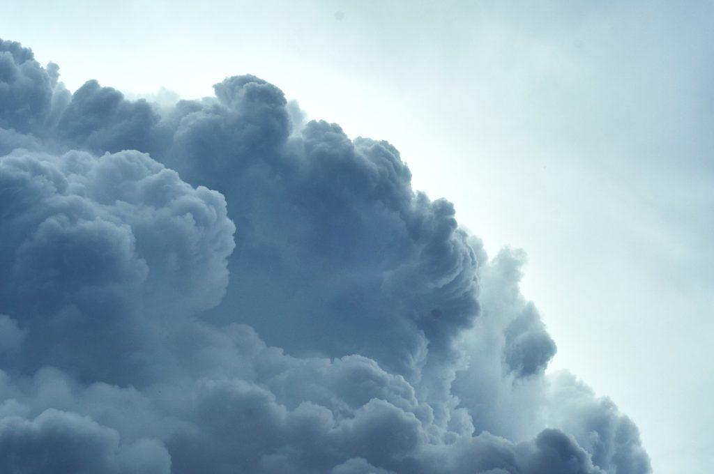 Blitz, Hagel, Sturm – Versicherungsschutz bei Unwettern